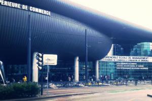 Une formation d'ingénieur-manager à Grenoble